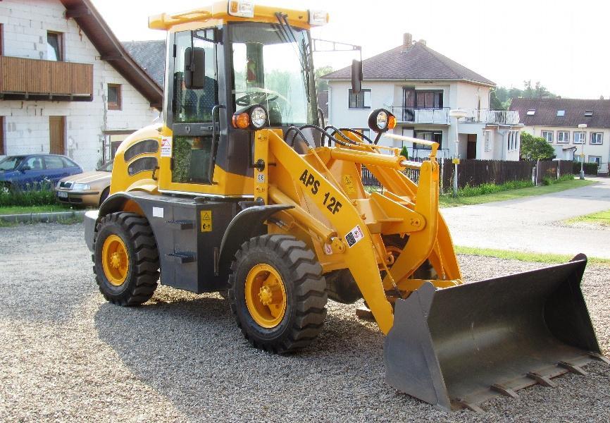 Stavbu, rekonstrukci, demolici a zemní práce v malém i větším rozsahu