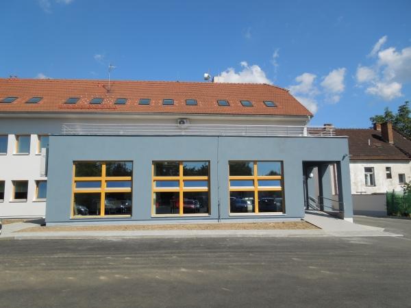 Rekonstrukce staveb, střech a komínů Třebíč