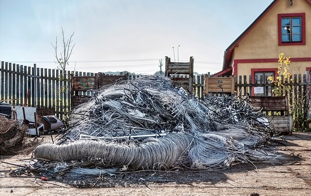 Výkup kovového odpadu, kovošrotu, barevných kovů a katalyzátorů v Bruntále