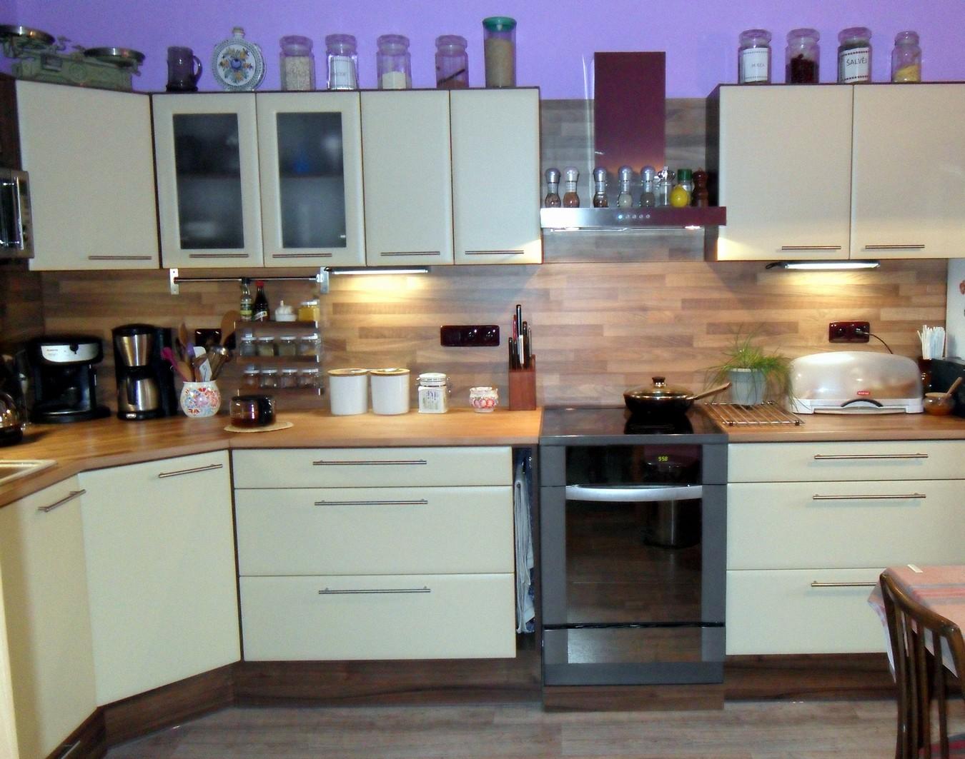 Kuchyně Chábera, výroba stylových kuchyní