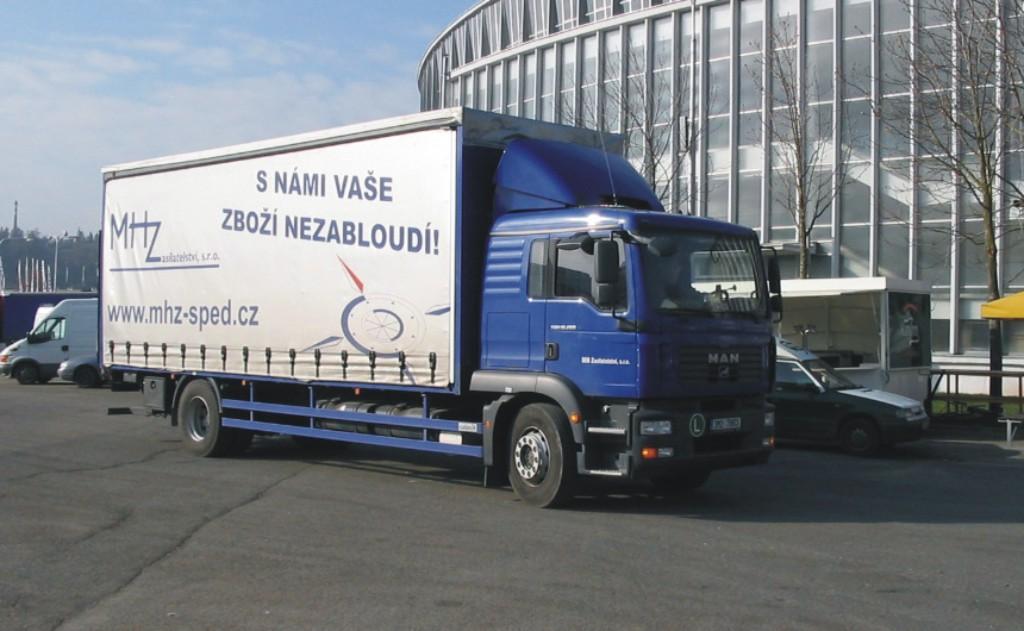 Mezinárodní a vnitrostátní doprava, spedice do i mimo EU