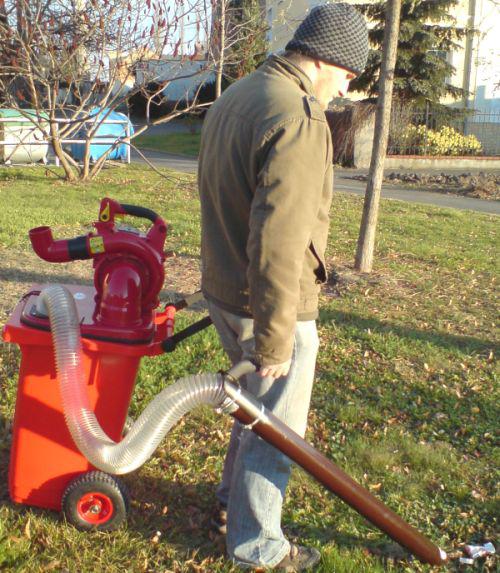 Údržba venkovních ploch a budov - sečení zahrad, trávníků