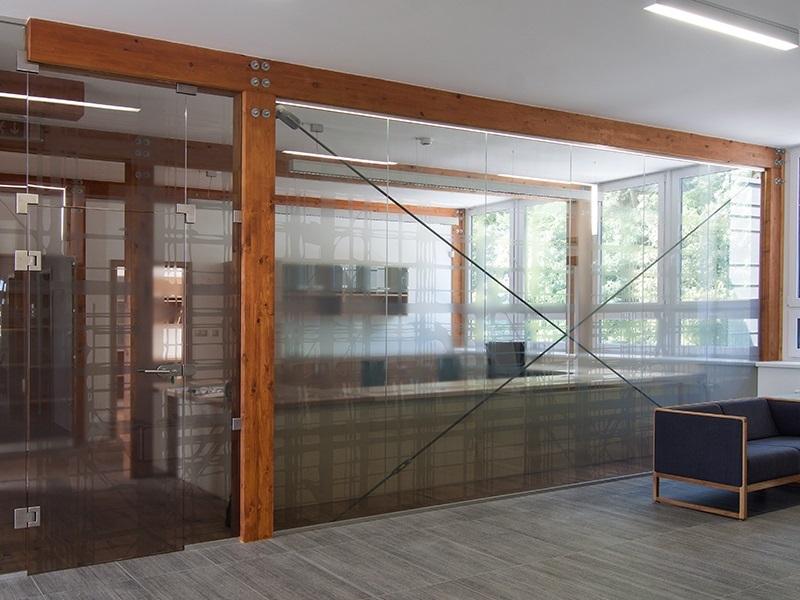 skleněné příčky do kanceláří