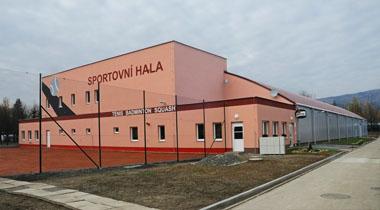 Stavba sportovní haly