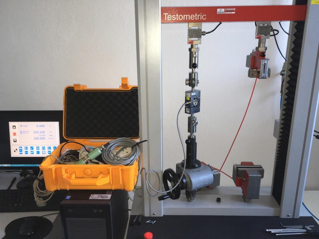 Akredytowane laboratorium kalibracyjne do pomiaru siły, twardości i pracy