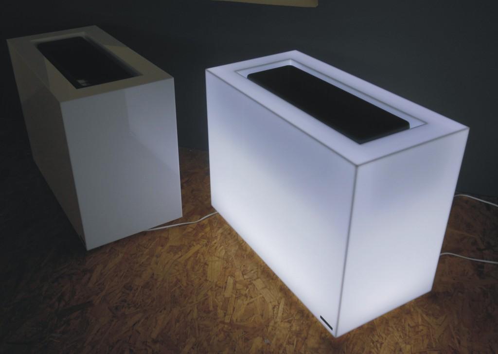 Zpracování plastů pro výrobu světelné reklamy Olomouc