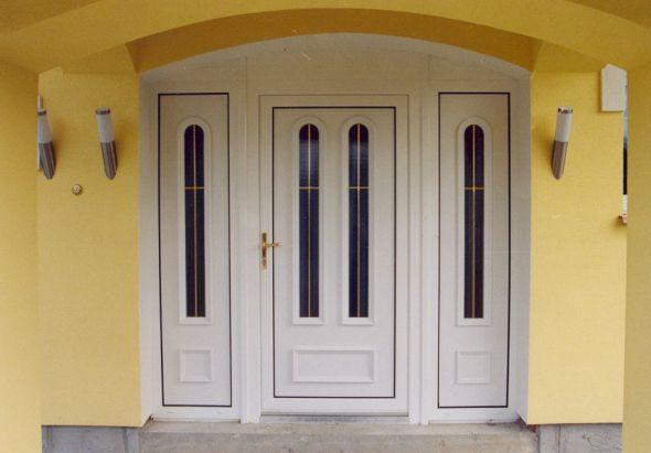 Výroba a montáž plastových vchodových dveří Nový Jičín, Frenštát