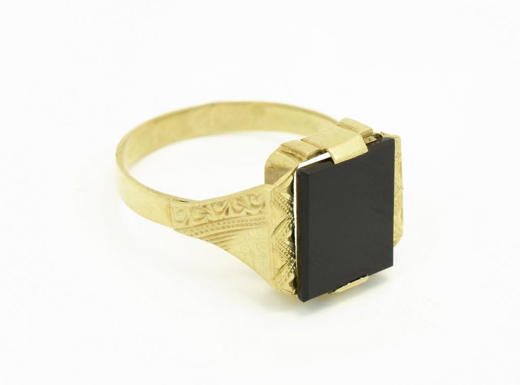 Pouzite Zlate Prsteny Z Bazaru Kromeriz Za Nizke Ceny