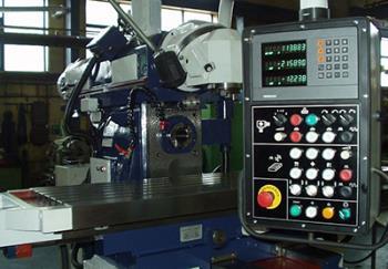 Opravy a modernizace kovoobráběcích strojů, soustruhů, fréz, vyvrtávaček