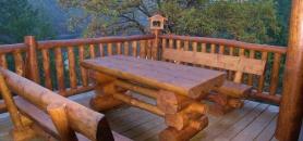 Rodinné domy sruby roubenky chaty pergoly srubový nábytek.