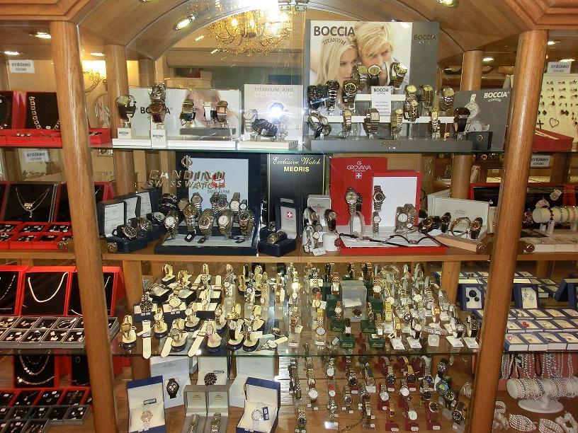 Zlatnictví, klenotnictví, prodej šperků a klenotů - výrobky různých značek