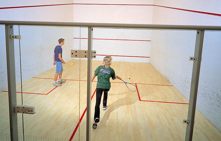 Sportovní hala Semily levné ubytování squash masáže sauna golf