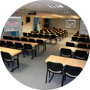 Konferenční prostory s moderní technikou pro firemní akce, školení i porady - pronájem