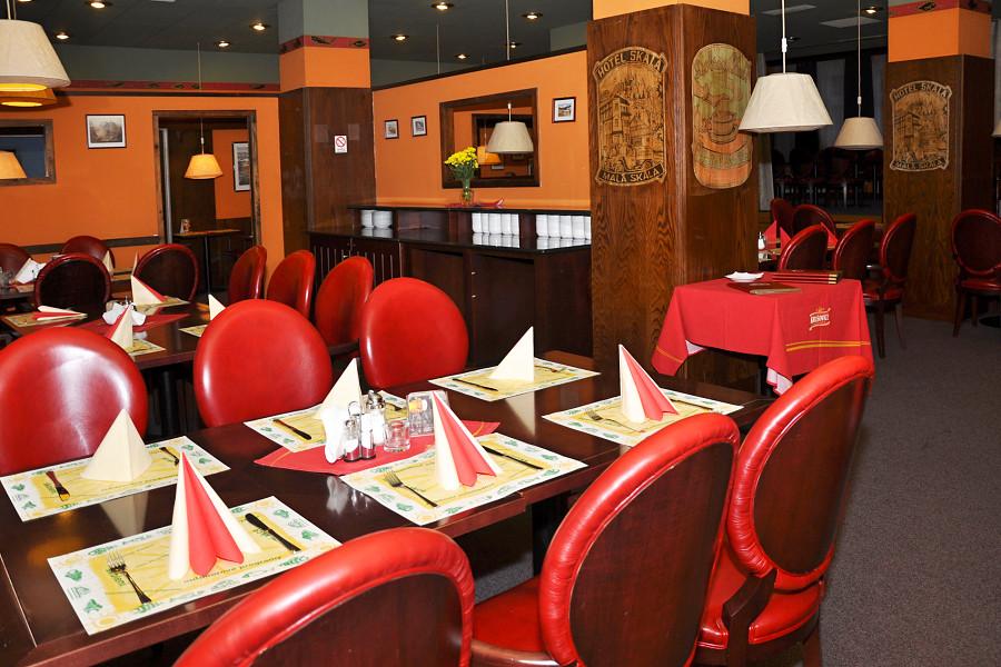 Restaurace Hotel Skála