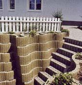 Zemní terénní práce pokládka zámkové dlažby opěrné zdi Hradec