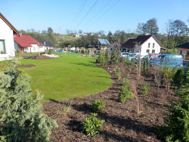 Zajišťujeme pravidelnou výsadbu zahrad
