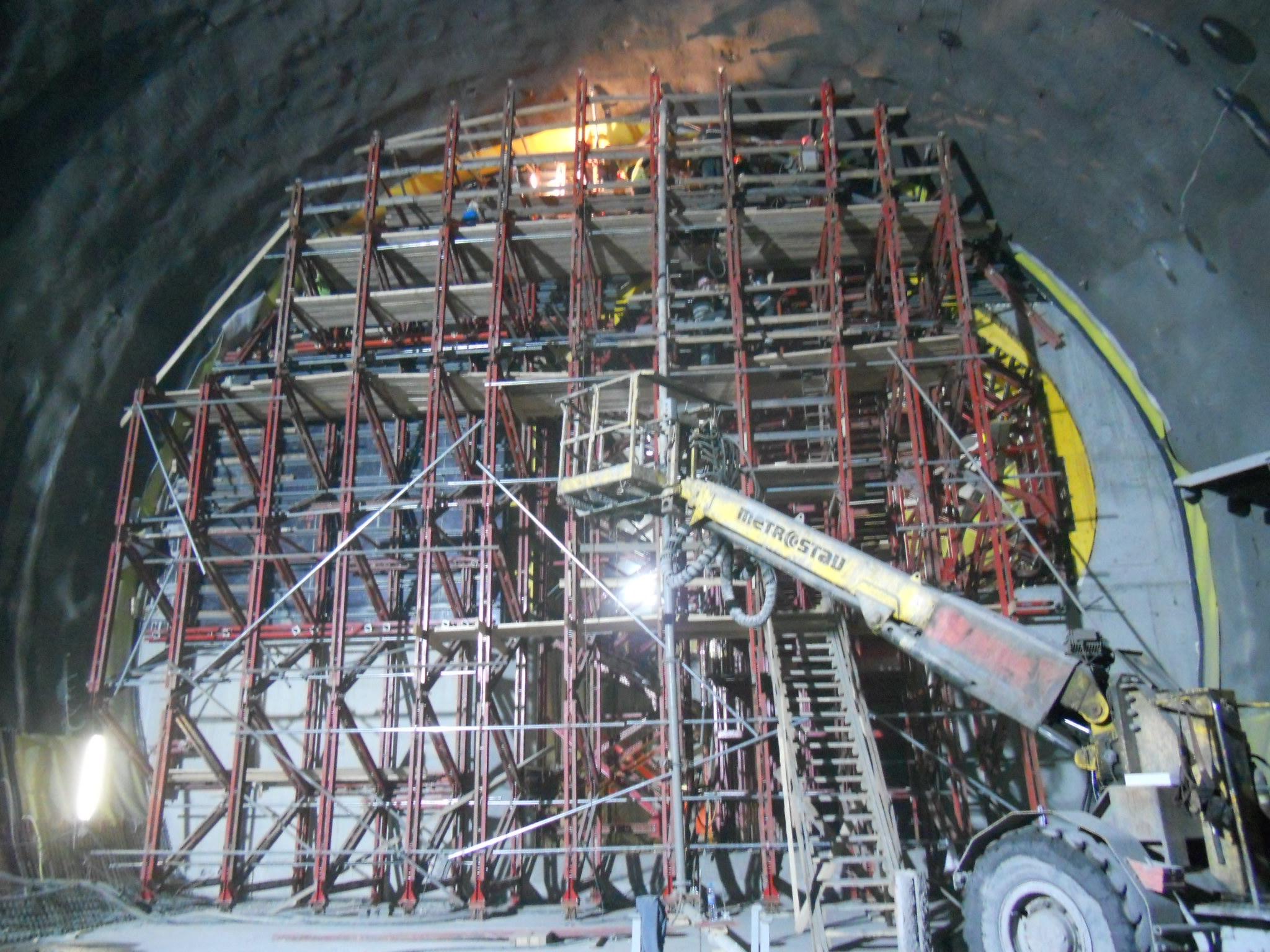 Podpůrné systémy Meccano a Ortho, bednění pro speciální konstrukc