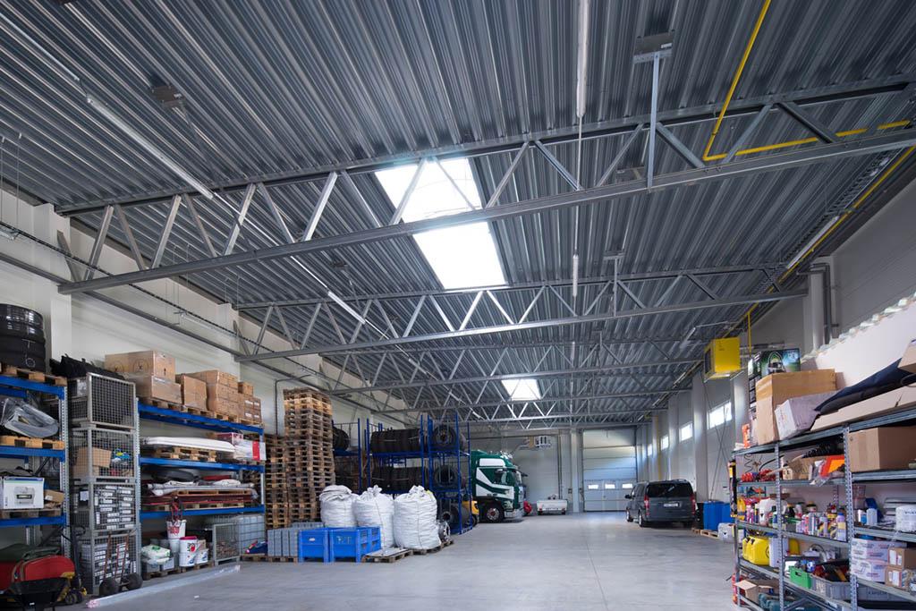 Největší skladovací prostory o ploše 200 m2 s kapacitou 180 paletových míst