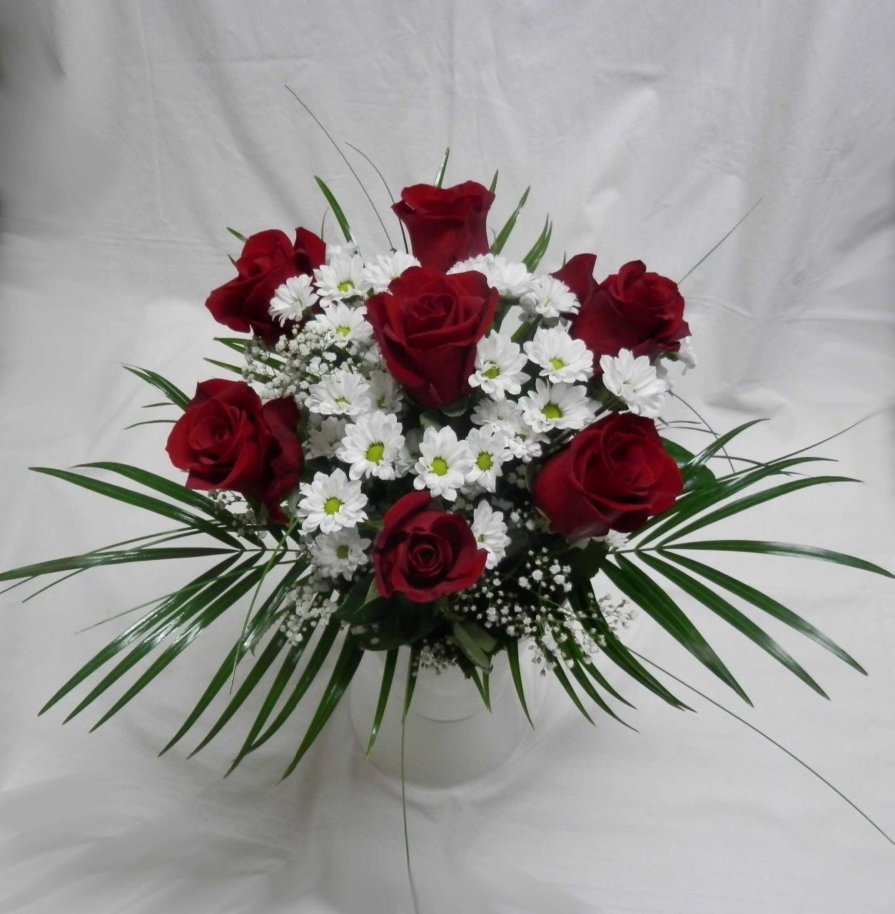 Donáška květin Tábor – udělejte radost voňavou kyticí - momentálně pozastaveno!!