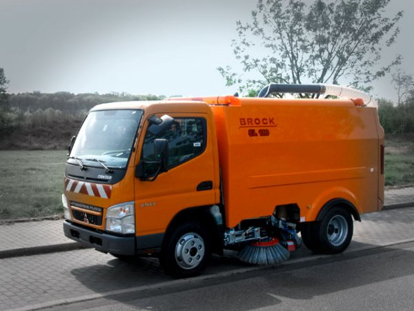 Kompaktní samosběrný zametač Brock SL 110