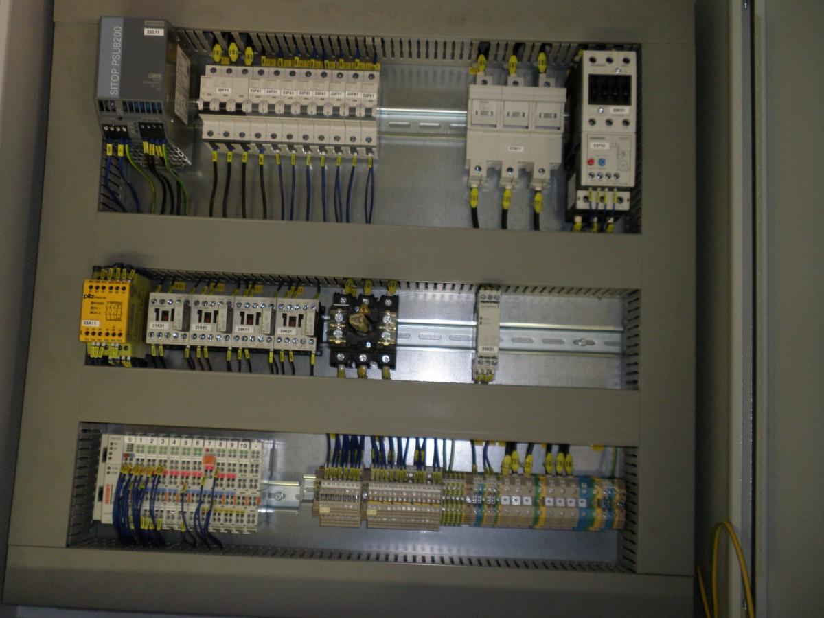 Výroba typizovaných elektrických rozváděčů NN