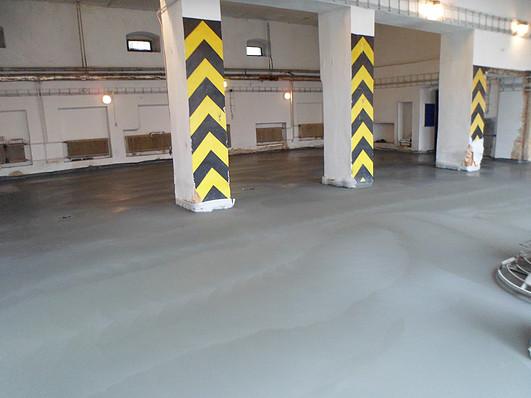 Průmyslové podlahy z litého betonu s výztuží, Jiří Piňos
