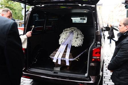 Pohřební služba nonstop Praha západ – převoz zesnulých 24 hodin denně