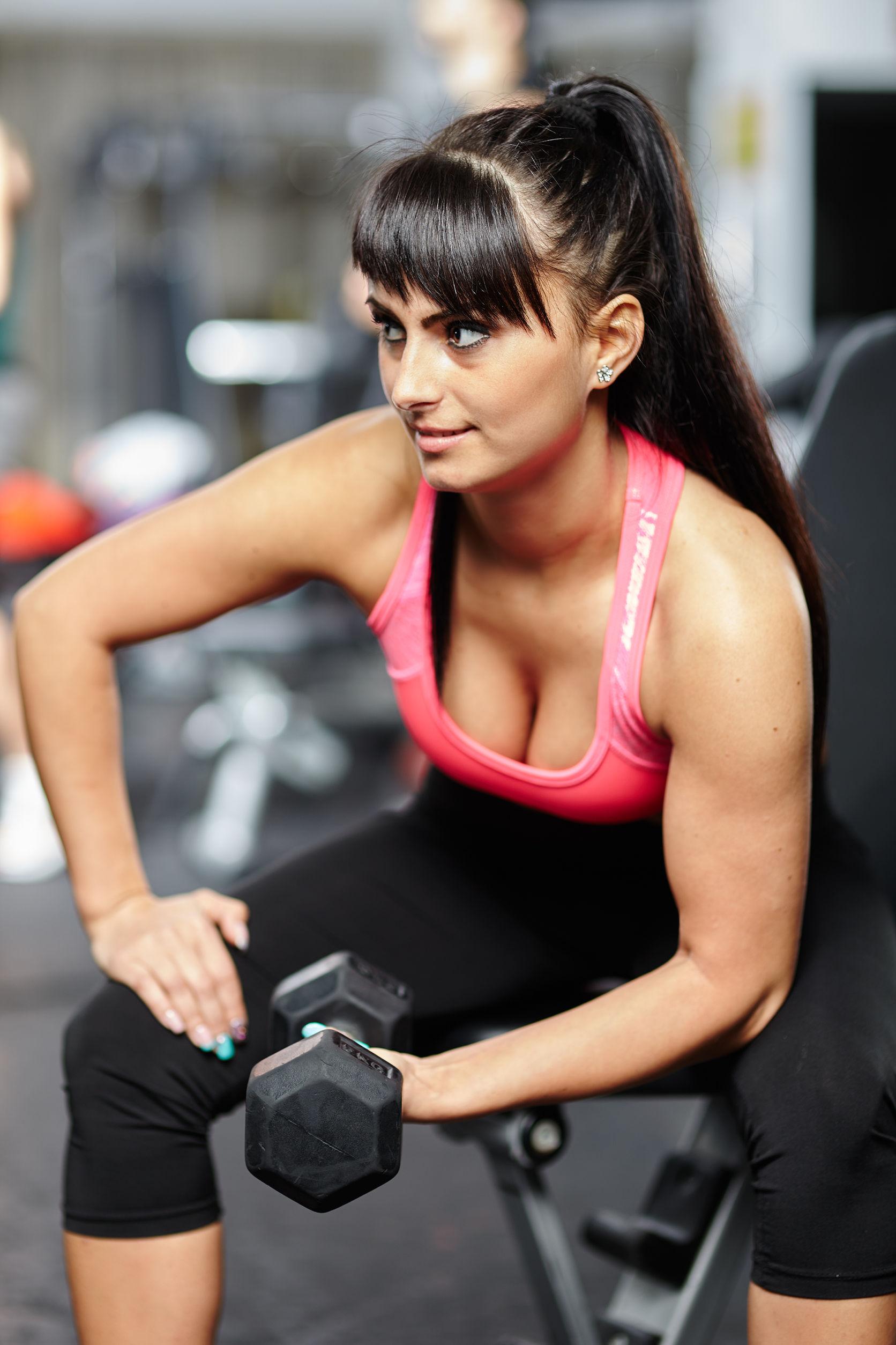 Kurz instruktor fitness - pro budoucí profesionální trenéry v posilovnách i wellness centrech