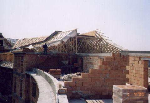 Prodej montáž stěnové dílce dřevostaveb sbíjené vazníky Žamberk