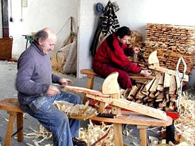 Šindele, výroba, pokládka, šindelové střechy, okres Chrudim