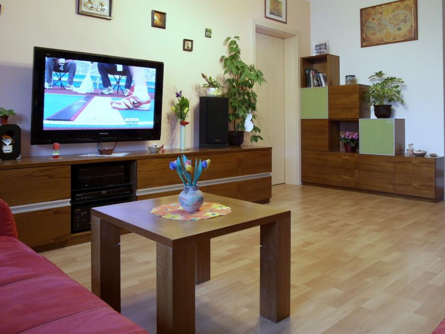 Nábytek pro domácnost výroba Praha – služby architekta a poctivá výroba