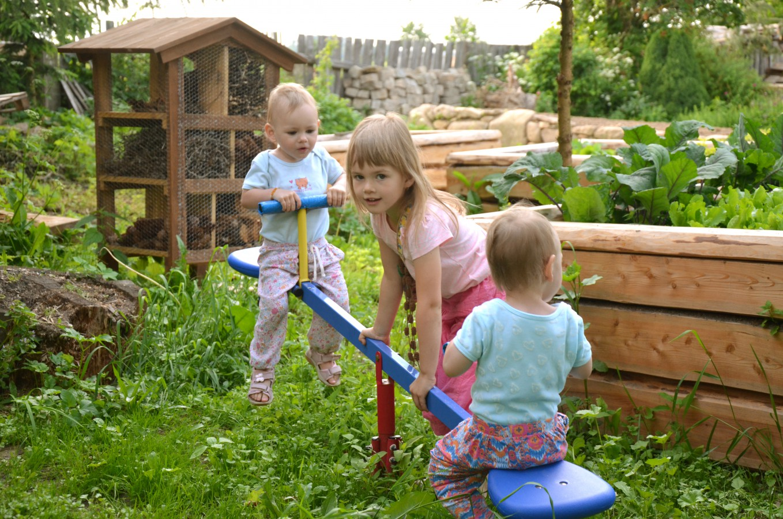 Přírodní zahrada pro ekologické zahradníky a rodiny s dětmi