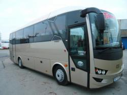 Doprava minibusy a luxusními autobusy Praha – pohodlné řešení