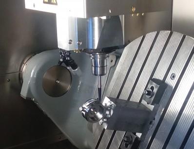 CNC soustružení, frézování, obrábění kovů i konvenční kovoobrábění