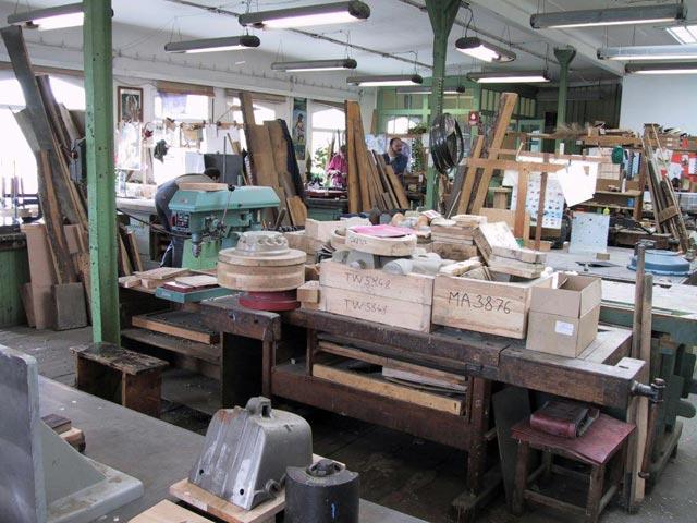 Výroba nových modelových zařízení ze dřeva, pryskyřice i kovu