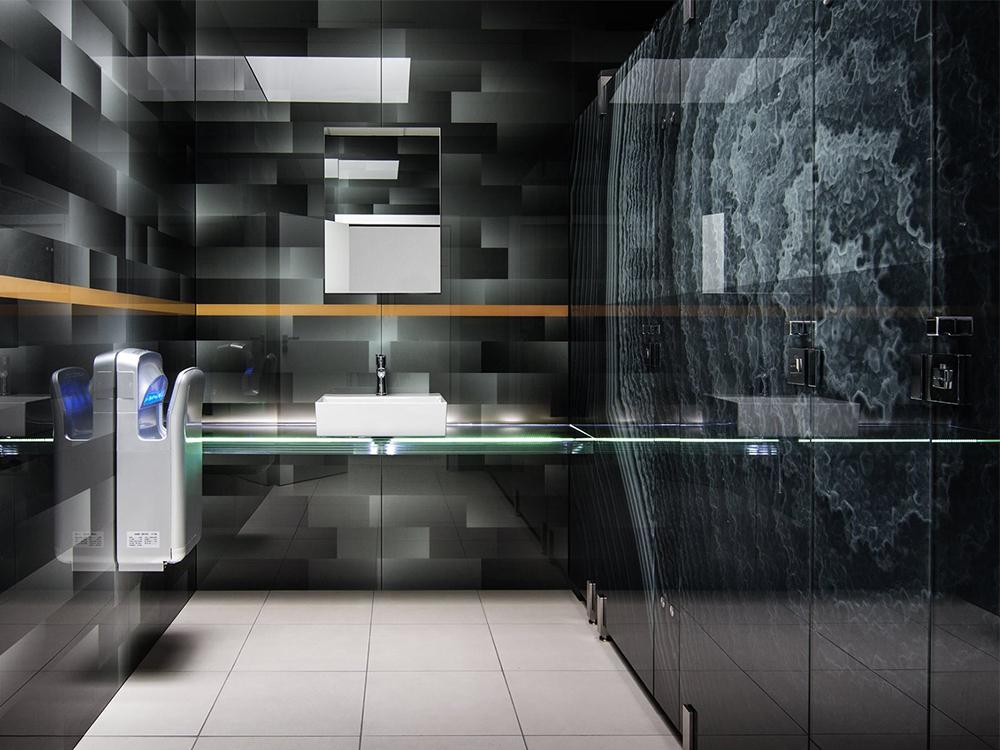 Skleněné sanitární příčky z bezpečnostního skla, s keramickým potiskem Image Glass