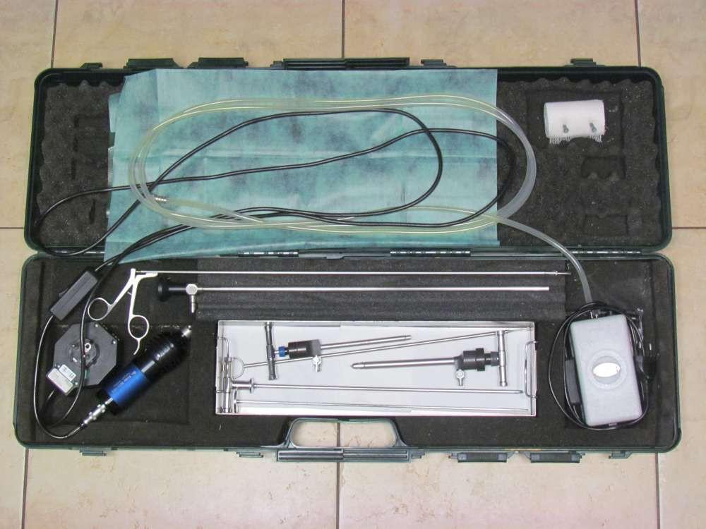 Pro laparoskopické vyšetření dutiny břišní