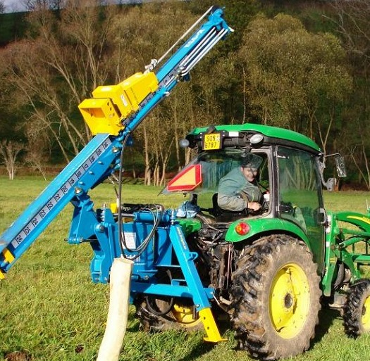 Zatloukače kůlů s možností použití na traktorech Opava