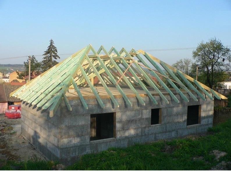 montáž krovů na novostavbách