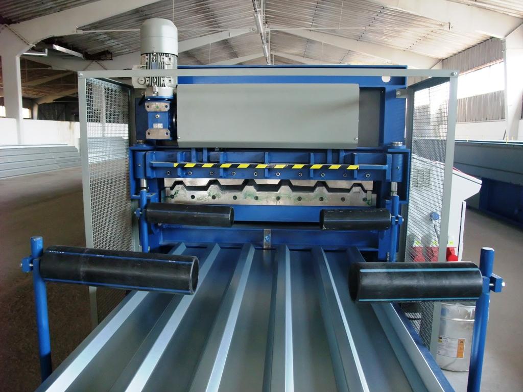 Výroba trapézových plechů pro opláštění kontejnerů Zlín