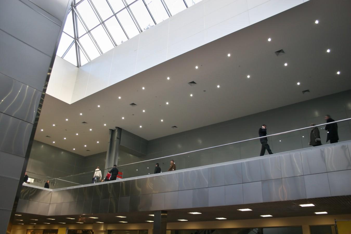 LED svítidla na míru pro podniky - návrhy a realizace