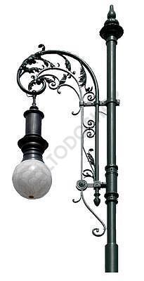 Stožáry a svítidla veřejného osvětlení ve strohém nebo historickém stylu