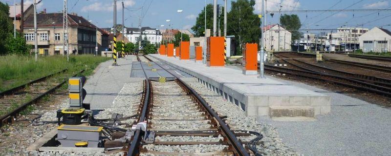 Projekty kolejových tratí a vleček, dopravních ploch a pozemních staveb