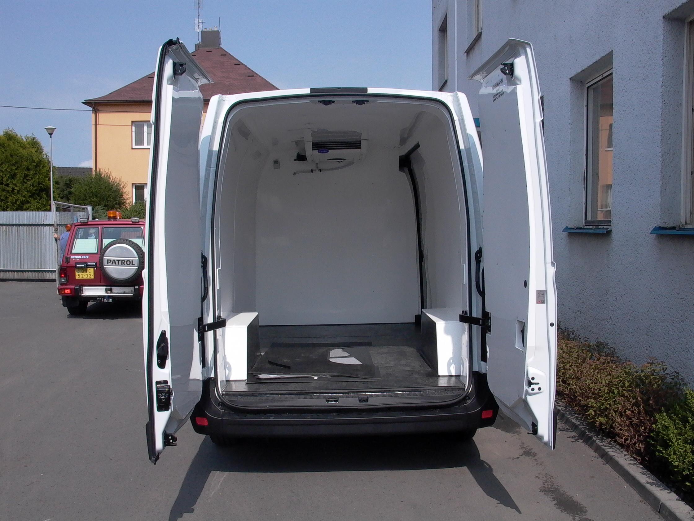 Chladírenská izolace nákladového prostoru vozidla Praha