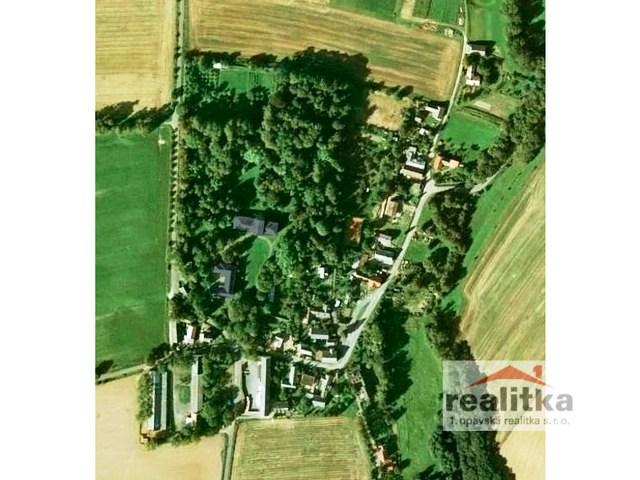 Prodej luxusního zámku Štemplovec s celým jeho areálem a zámeckým parkem