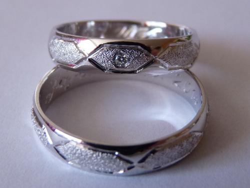 Snubní prsteny kvalitní ruční práce Brno venkov