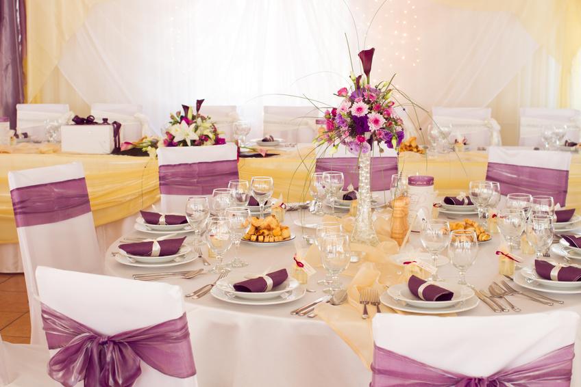 Svatební výzdoba, dekorace sálu, aut, svatební kytice
