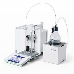Automatické dávkování sypkých a kapalných materiálů