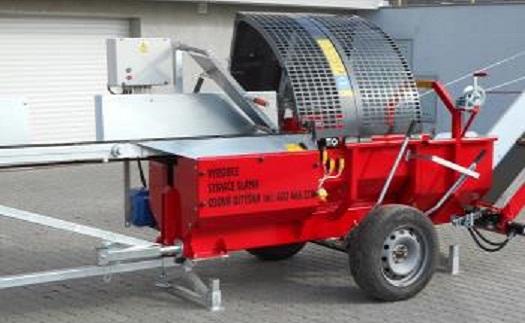 Automatické štípače k výrobě palivového dřeva