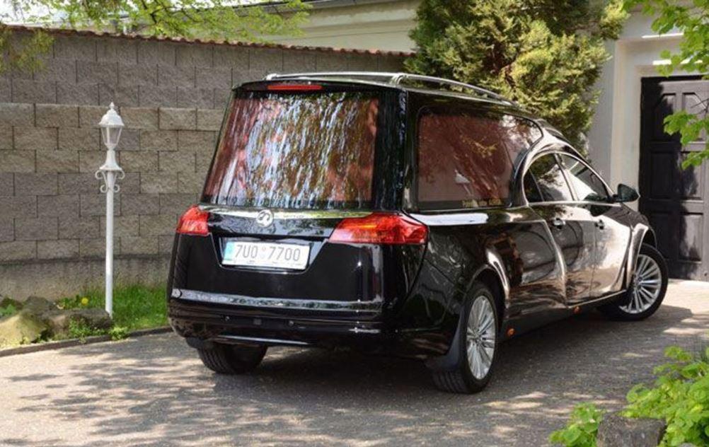 Mezinárodní převozy zesnulých pohřebními automobily